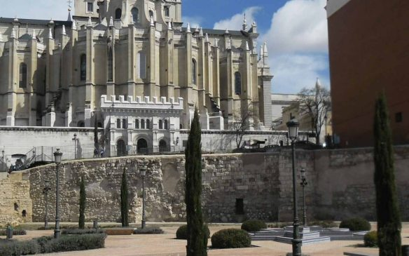 crónica-Madrid-medieval-I.-muralla-1080x675.jpg